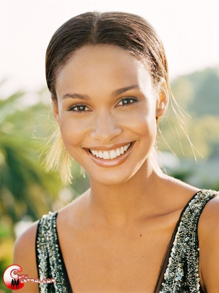 joy-bryant-kb-media-media-1011069862